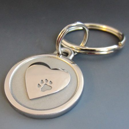 small stainless steel pet memorium heart keychain